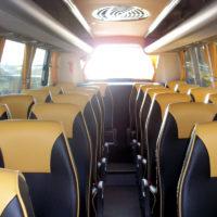 Interior microbús 28 plazas